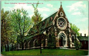 1910s Davenport, Iowa Postcard GRACE CATHEDRAL, Episcopal Church Building View