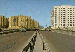 PC CPA SAUDI ARABIA, RIYADH, ONE OF THE MODERN STREETS, (b15928)