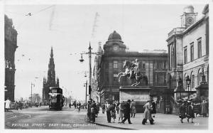 Scotland Edinburgh, Princes Street, East End, Bus, Cars, Statue 1948
