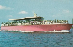 WILDWOOD CREST , New Jersey , 1950-60s ; BIG FLAMINGO Sightseeing cruiser
