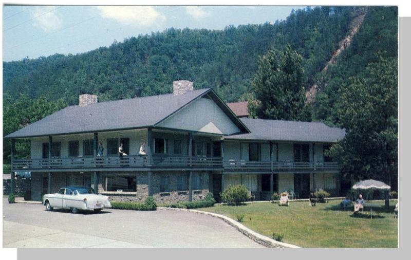 Gatlinburg, Tennessee/TN Postcard, Whaley Motel, 1950's?