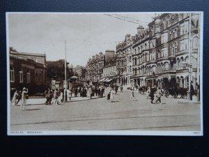 Isle of Man DOUGLAS Broadway - Old Postcard by Photochrom Co. Ltd 53872