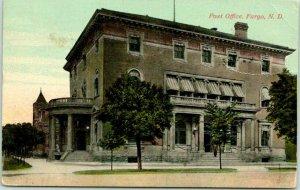 Fargo, North Dakota Postcard Post Office Building / Street View 1914 Cancel