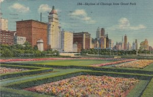 CHICAGO, Illinois, 1930-40s ; Skyline of Chicago from Grant Park