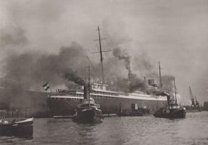 Eindocken Der Bremen Ship 1930 Reproduction German Postcard