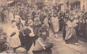 Belgium Brugge Processie van het H Bloed Jesus te midden der Wetgeleerden