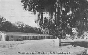Pocotaligo South Carolina Mixons Motor Court Street View Antique Postcard K47591