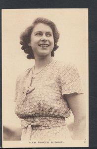 Royalty Postcard - The Queen - H.R.H Princess Elizabeth   T8184