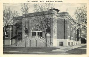 Bartlesville Oklahoma~First Christian Church~1940s B&W Postcard