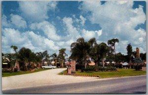 Auburndale, Florida Postcard Chandler's RAINBOW DRIVE MOTEL Roadside Chrome