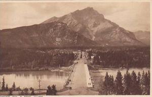 Cascade Mountian and Banff Village, Alberta, Canada, 10-20s