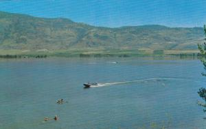 Boating, OSOYOOS ON THE LAKE, British Columbia, Canada, 40-60s