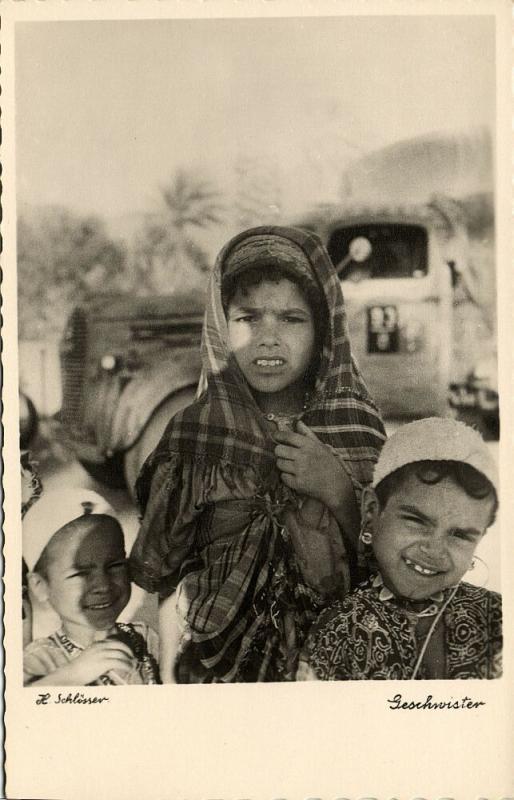 libya, Native Young Girls, Arab Sisters (1940s) H. Schlösser Photo