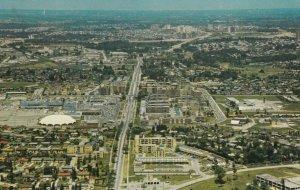 TORONTO , Ontario , Canada , 1950-60s ; Mills Road