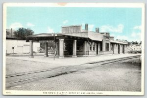Maquoketa Iowa~CM&STP Railroad Depot~Portico~1932 Sky Tint Postcard