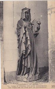 France Reims Cathedrale La Vierge et l'Enfant etat apres bombardement