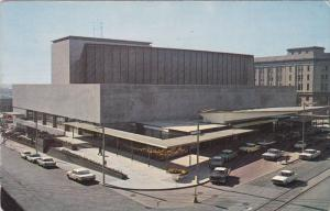 O'keefe Centre for the Performing Arts, Classic Cars, TORONTO, Ontario, Canad...