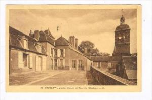 Vieille Maison Et Tour De l'Horloge, Vezelay (Yonne), France, PU-1961