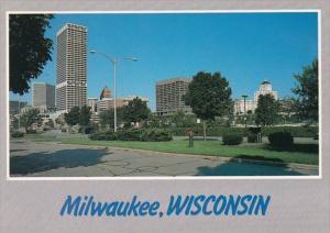 Wisconsin Milwaukee Tree Lined Boulevard On The East Side