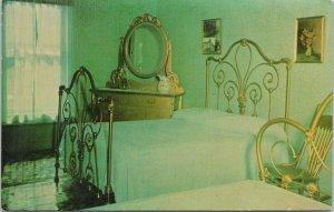 Skagway AK Golden North Hotel The Dedman Room Green Interior Unused Postcard E89