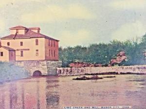 Postcard  Hand Colored Lime Creek and Mill, Mason City, Iowa  Y9