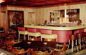 Wisconsin Mukwonago Heaven City Hotel The Executive Club