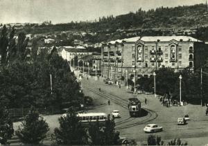 armenia, YEREVAN EREVAN, Baghramyan Avenue, Street Car Tram (1950s) Postcard
