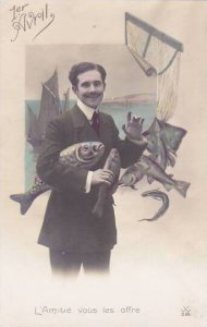 1er Avril April Fool's Day Man Holding Fish