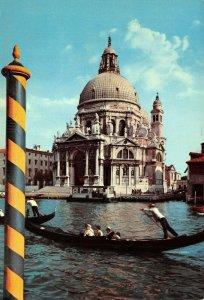 Giant Size Italy Postcard, Venice, Basilica della Salute Canal Gondola OS222