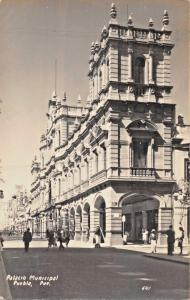 PUEBLA PUE MEXICO~PALACIO MUNICIPAL~REAL PHOTO POSTCARD 1949