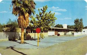 NUEVA ROSITA COAHUILA MEXICO VISTA à la ESCUELA ~VIEW OF SCHOOL~POSTCARD 1972