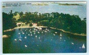 KAWAU ISLAND, New Zealand ~ Mansion House HOLIDAY RESORT Boats c1950s  Postcard