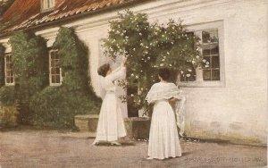 hH.Slott-Moller. Ladiesgetting whire roses Fine painting, vintage German postc