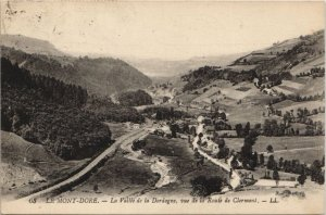 CPA Le MONT-DORE-La Vallée de la Dordogne vue de la Route de CLERMONT (46580)