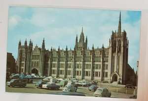Vintage Postcard: Scotland-Aberdeen- Marischal College. Lots of cars parking.