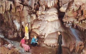 Dome Room, Crystal Cave, Sequoia National. Park, THREE RIVERS, Calilfornia, 4...