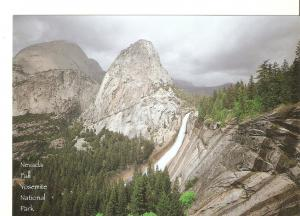 Postal 040800 : Yosemite Falls. Yosemite National Park California