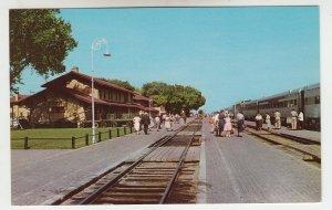 P1985, vintage postcard sante fe RR train & station people clovis new mexico
