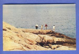 Narragansett, Rhode Island/RI Postcard, Fishermen On Rocks
