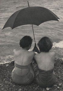 Torquay 1954 Beach Umbrella BBC Hulton Picture Library Postcard