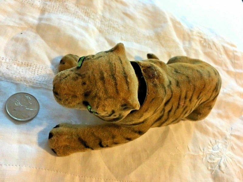 "Vintage Felt Tiger Bobble Nodding Head 8"" Green Eyes Teeth Unusual   SKU 043-106"
