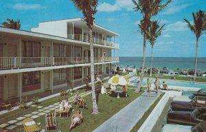 FORT LAUDERDALE , Florida , PU-1952 ; Merriweather Apartments