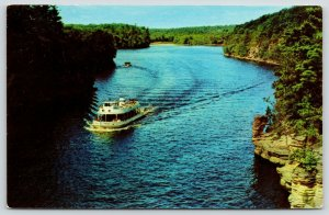 Wisconsin Dells~Sightseeing Excursion Boat~Chimney Rock on River~1950s Postcard