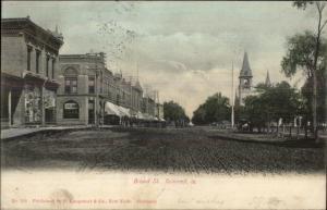 Grinnell IA Broad St. c1910 Postcard