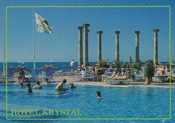 Hotel Krystal, Symbolic columns in the swimming pool and beach area, Puerto V...