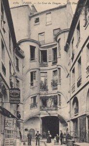 PARIS , France , 1900-10s ; La Cour du Dragon