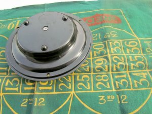 VINTAGE 1940s GAME ROULETTE WHEEL