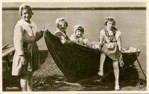 Sweden - Dalarna. Children with Boat   RPPC