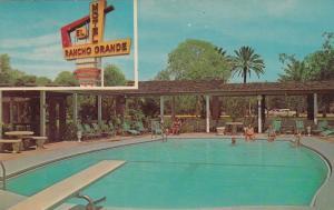 BROWNSVILLE, Texas, 50-60s; 2-Views, El Rancho Grande Motel, Swimming Pool