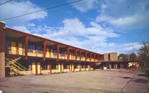 The Devonshire Motor Inn Kalispell Montana MT Motel c1959 Vintage Postcard E12